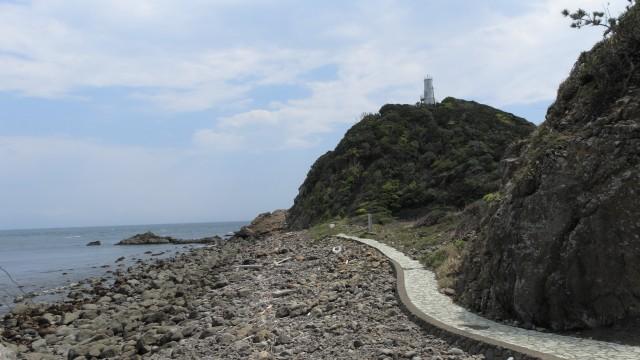 蒲生田岬への道