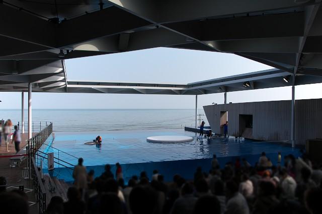 上越市立水族博物館 イルカスタジアム