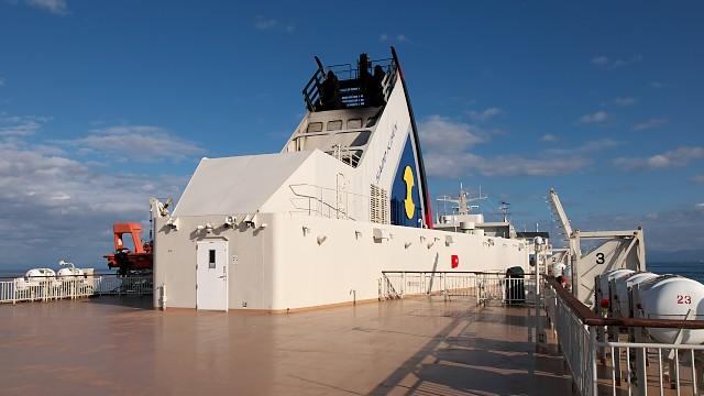 佐渡汽船ときわ丸 甲板